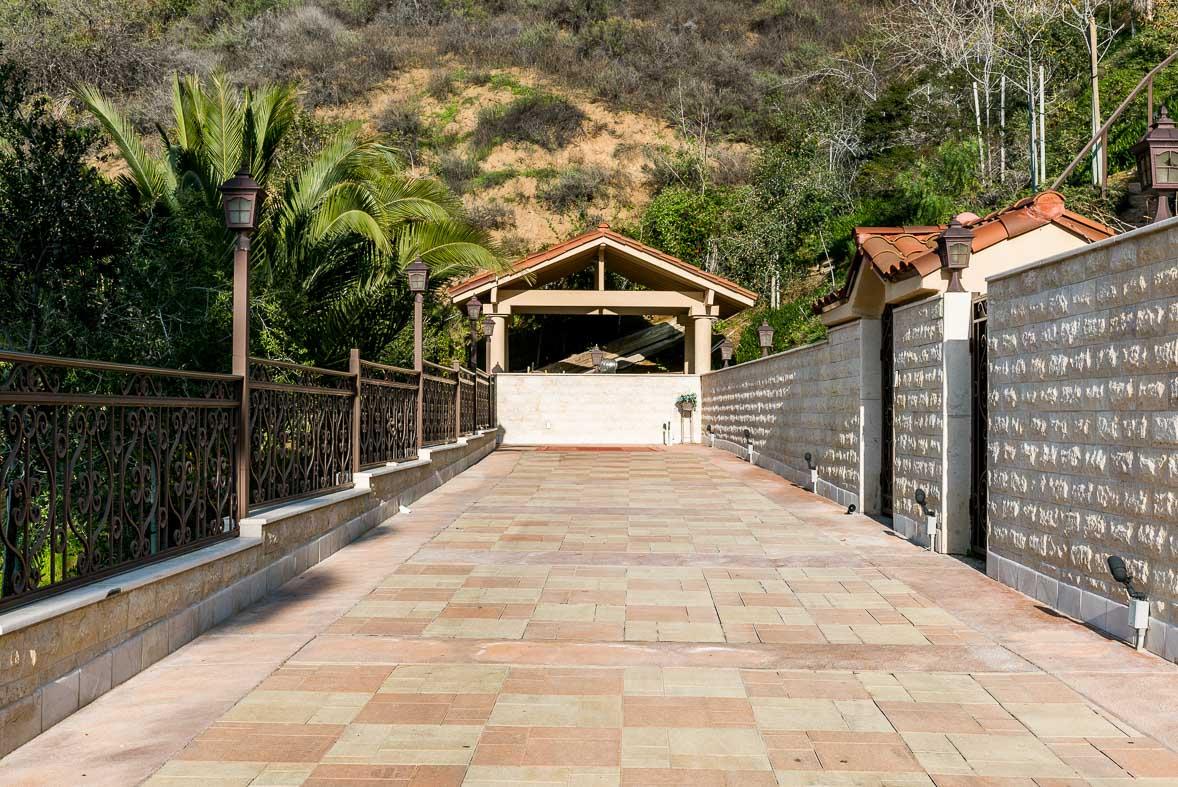 Los Angeles Film Location: Glendale Glendale, Mediterranean Mansion
