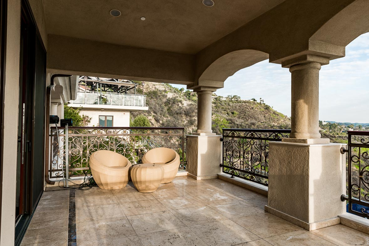Los Angeles Film Location: Glendale Glendale, Mediterranean Reality