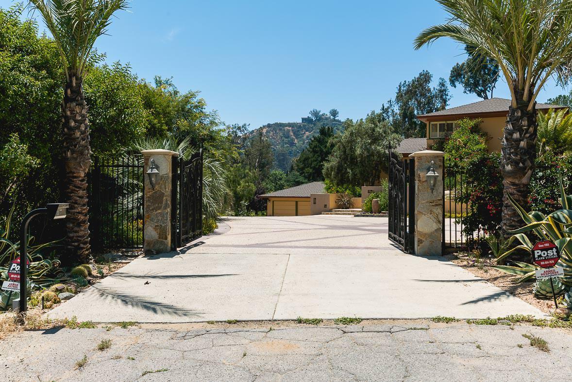 Los Angeles Film Location: Hollywood Los Angeles, Moroccan House